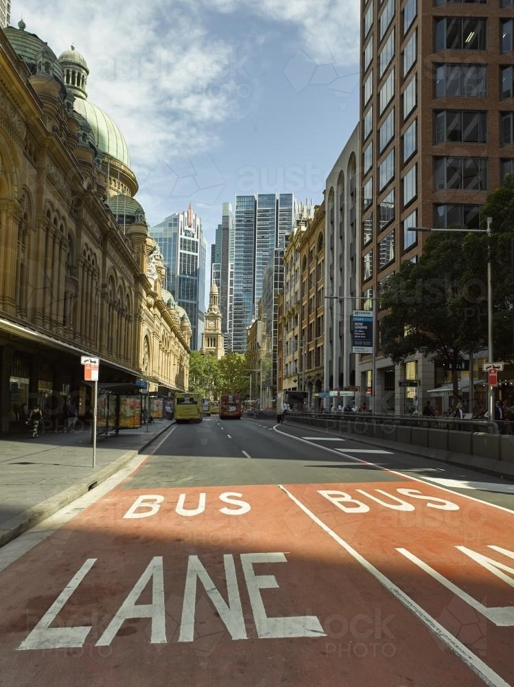 looking south down York St in Sydney - Australian Stock Image