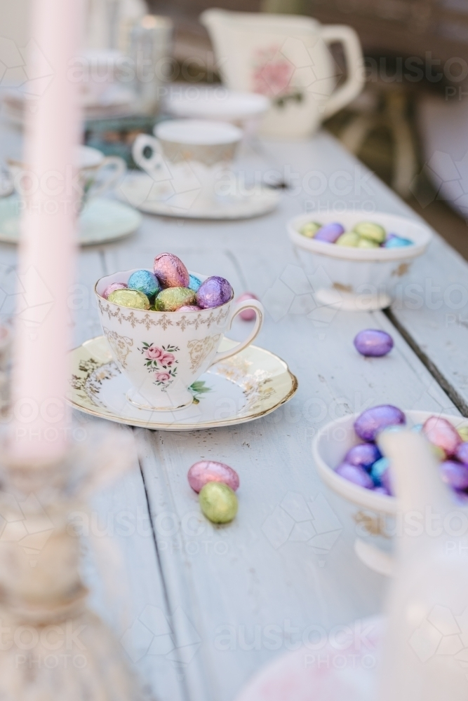 Pretty vintage Easter table set up - Australian Stock Image : vintage table set up - pezcame.com