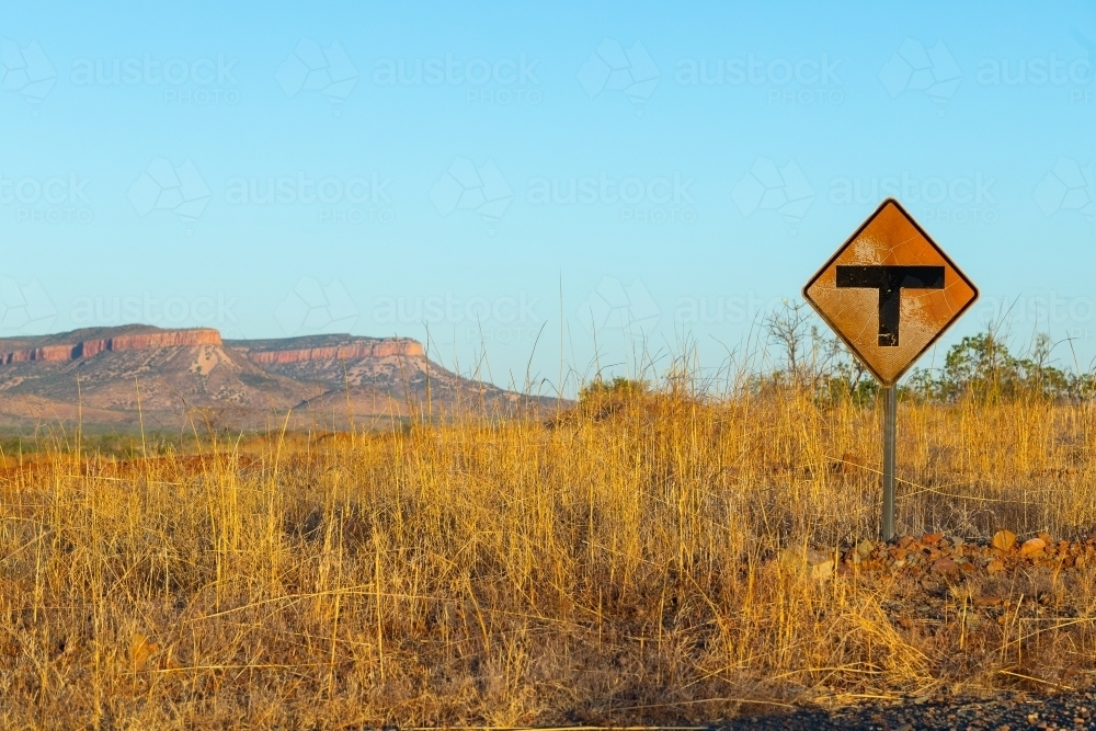 T junction sign on Gibb River Road in the Kimberley - Australian Stock Image