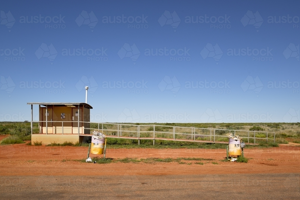 Toilet stop on highway in remote location - Australian Stock Image