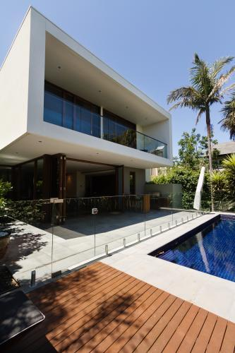 Architect designed contemporary home and pool rear courtyard