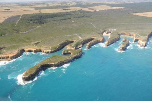 Aerial view of the southern coast near the twelve Apostles