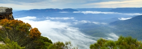 Panorama of Lincoln's Rock, aka Flat Rock, overlooking Jamison Valley and Kings Tableland