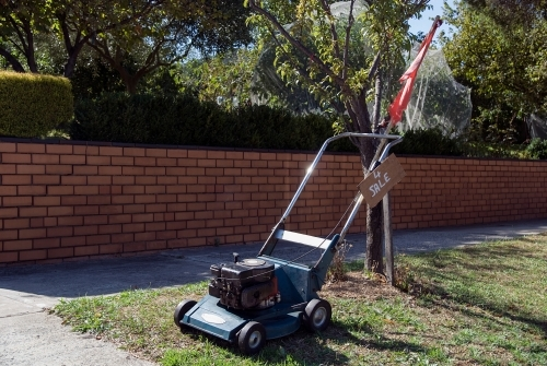 Lawnmower for sale on the nature strip