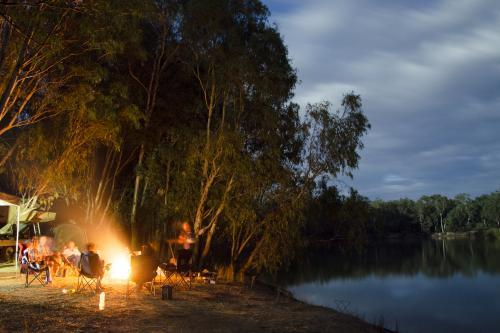 Murray River Camp Fire