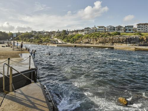 People swimming at Clovelly Ocean pool