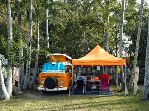 Kombi van and shelter in tropical campground