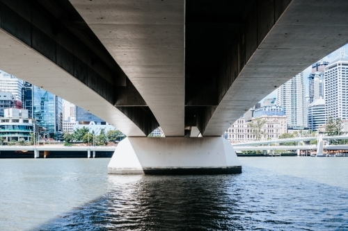 Underside of bridge over Brisbane River