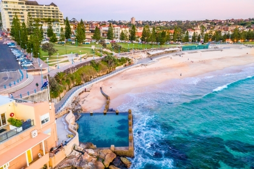 Views from the southern end of Coogee Beach and Ross Jones Memorial rock pool