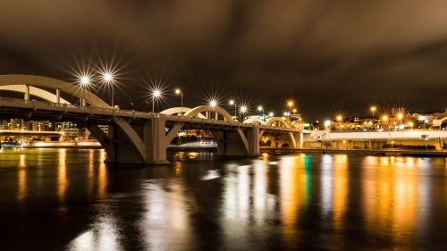 William Jolly Bridge at night