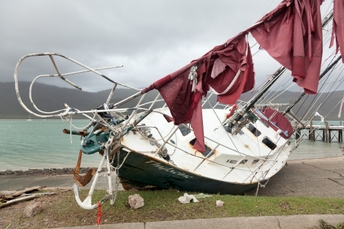 Yacht wrecked during Cyclone Debbie, 2017